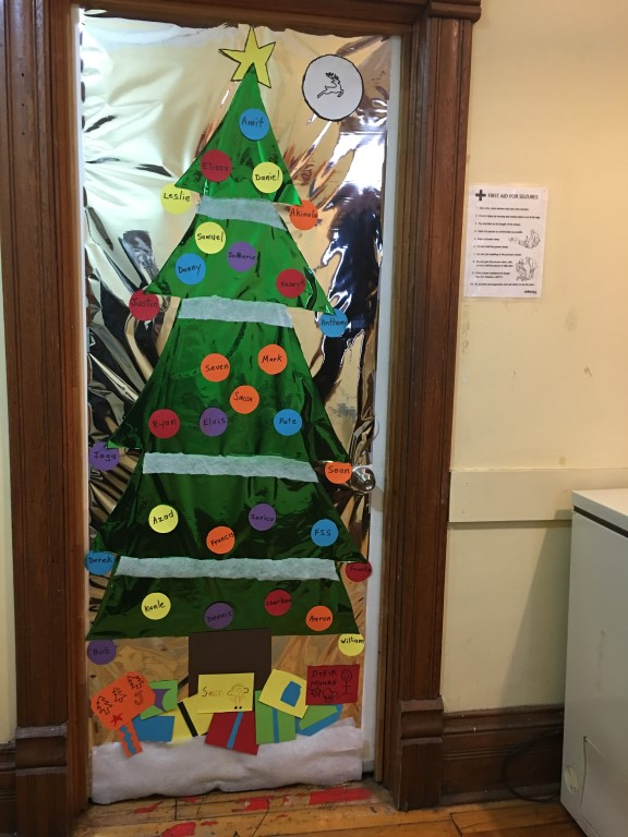 Door-Decorating-2018-APP