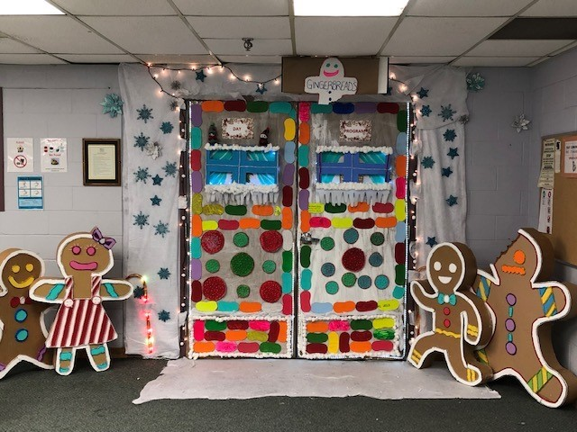 Door-Decorating-2018-Day-Program-TO